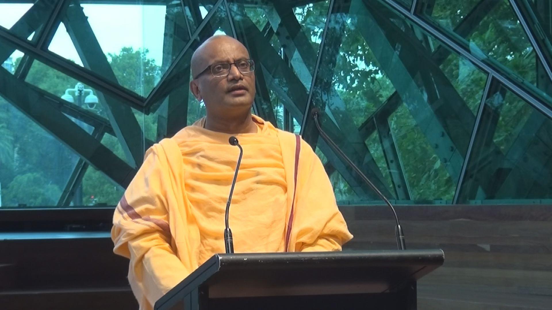 2018 WIHW Swami Sunushthananda.jpg