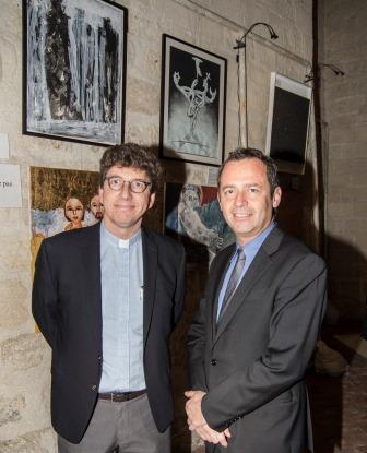 1-Paul-Gordon Chandler with Mr. Eric Falt, Assistant Director-General of UNESCO.jpg
