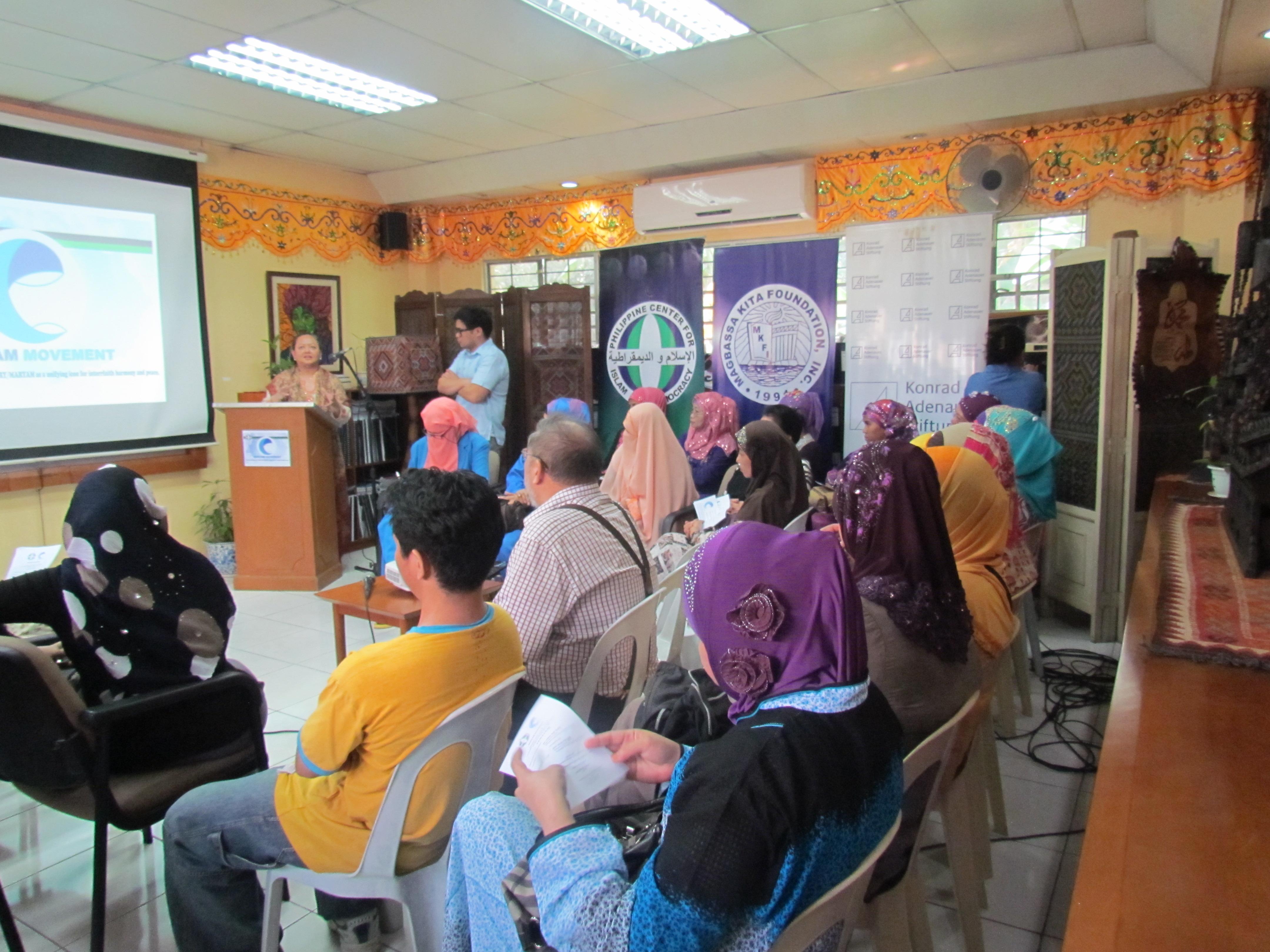 Maryam Movement Pledging (4).JPG