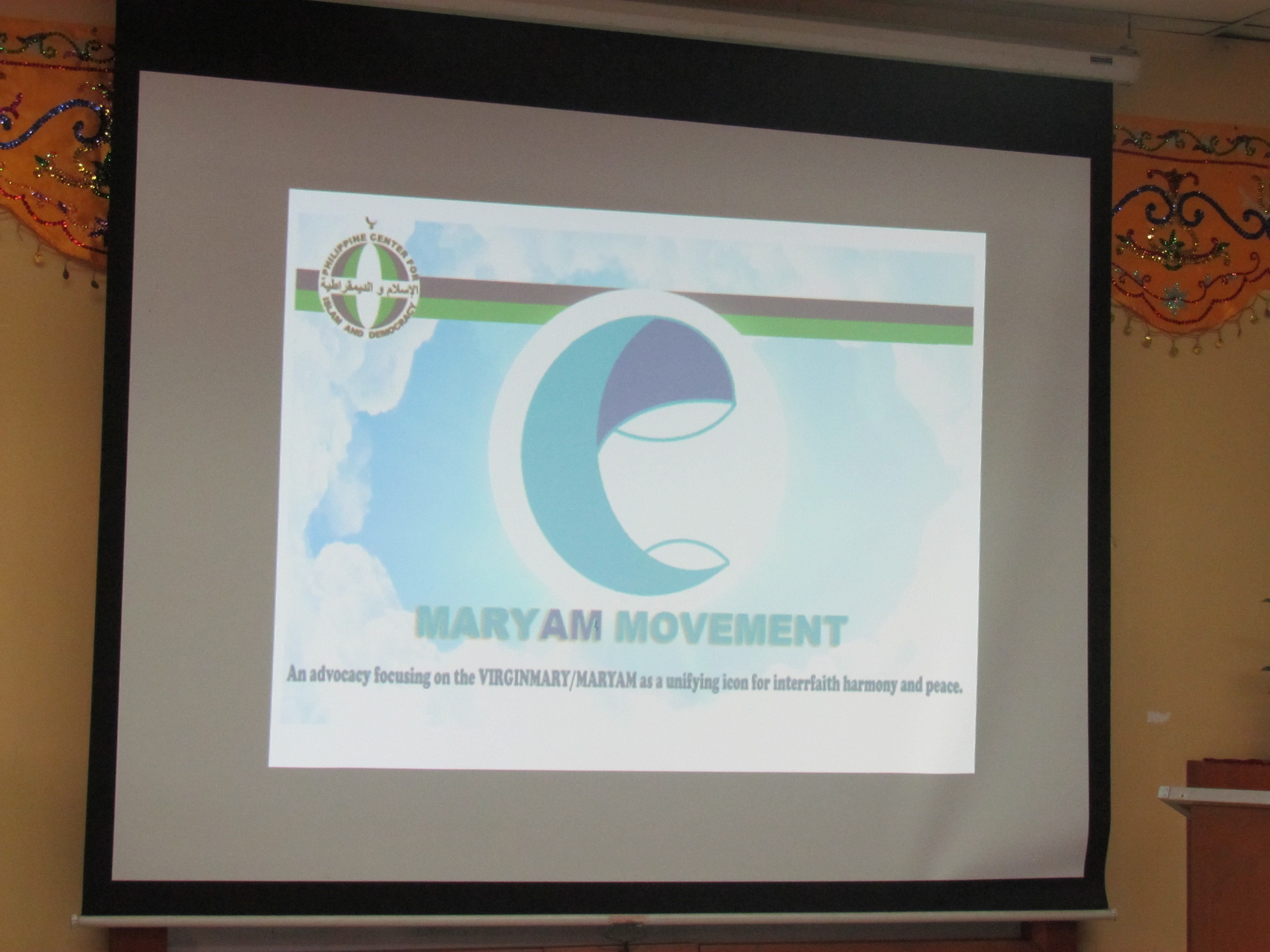 Maryam Movement Pledging (2).JPG
