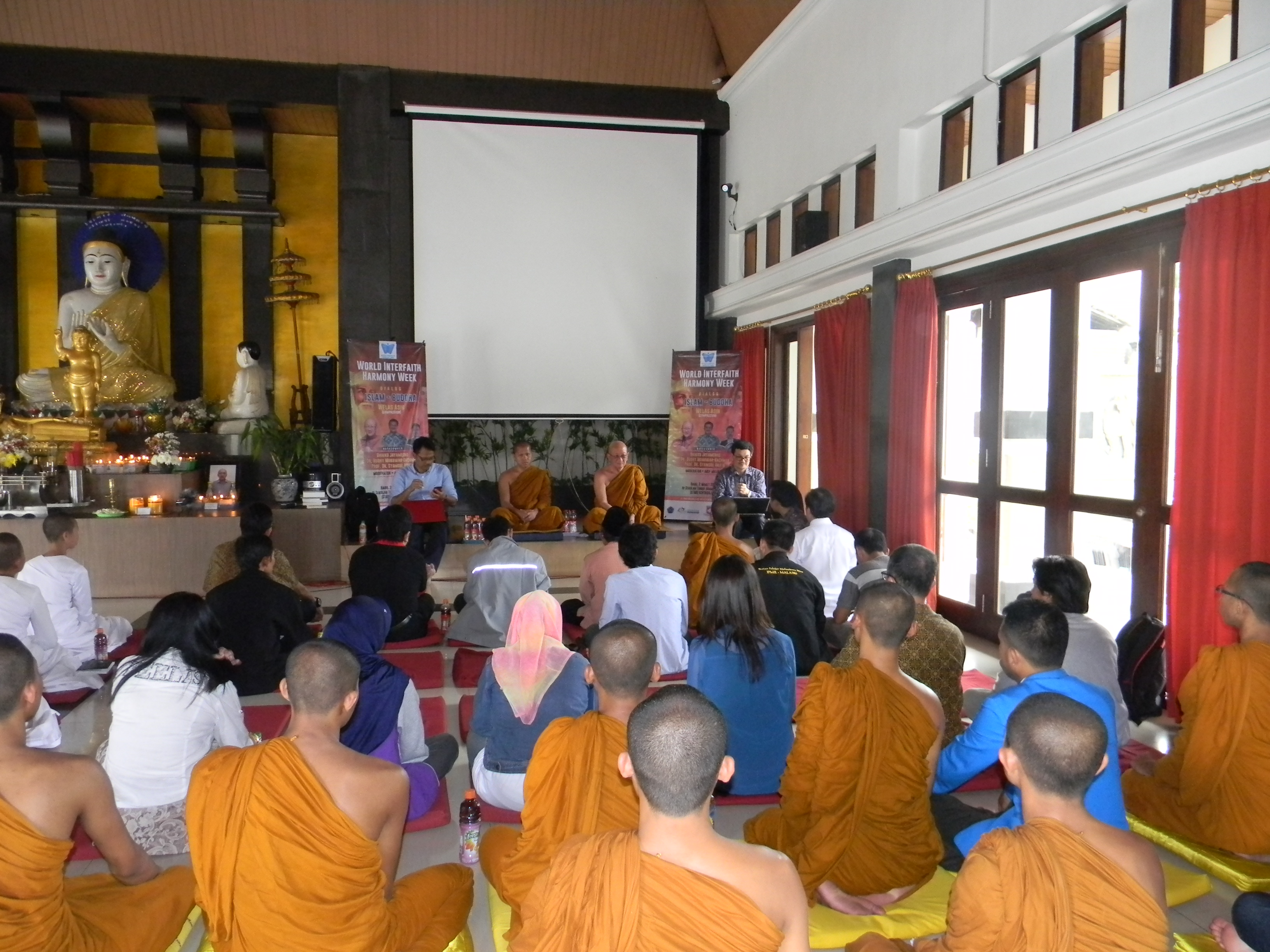22 - Islam - Buddhism Dialogue in Malang.JPG