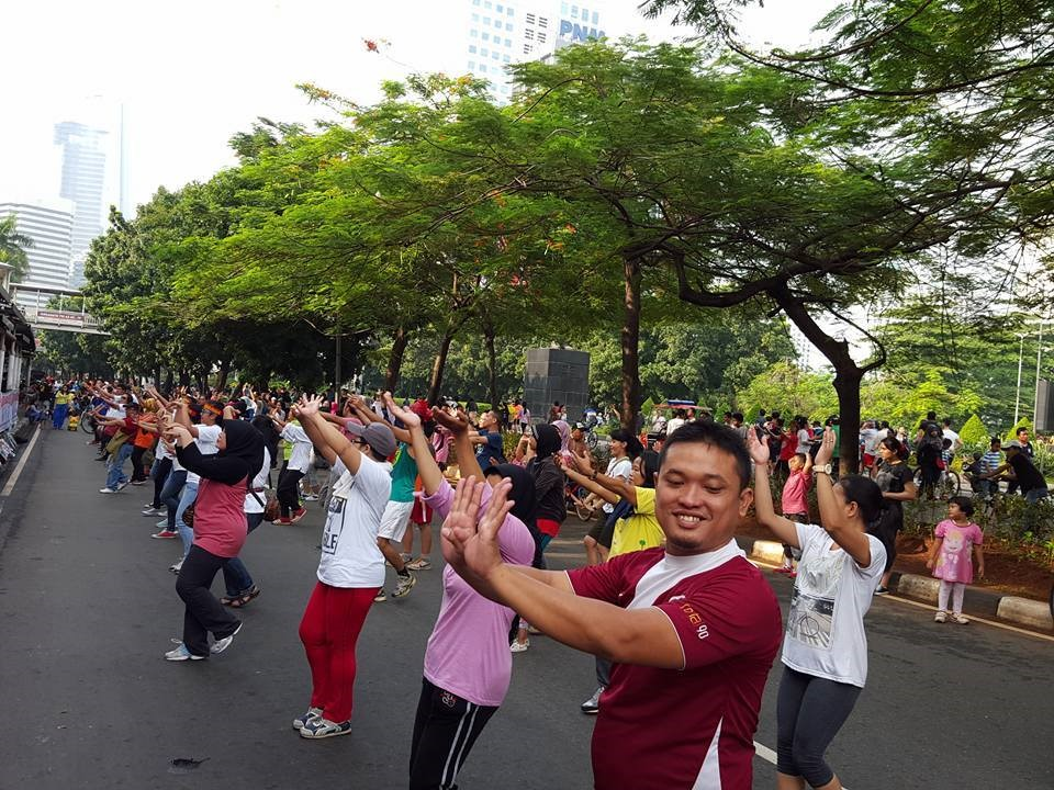 10 - Celebrate WIHW with Morning Excercise.jpg