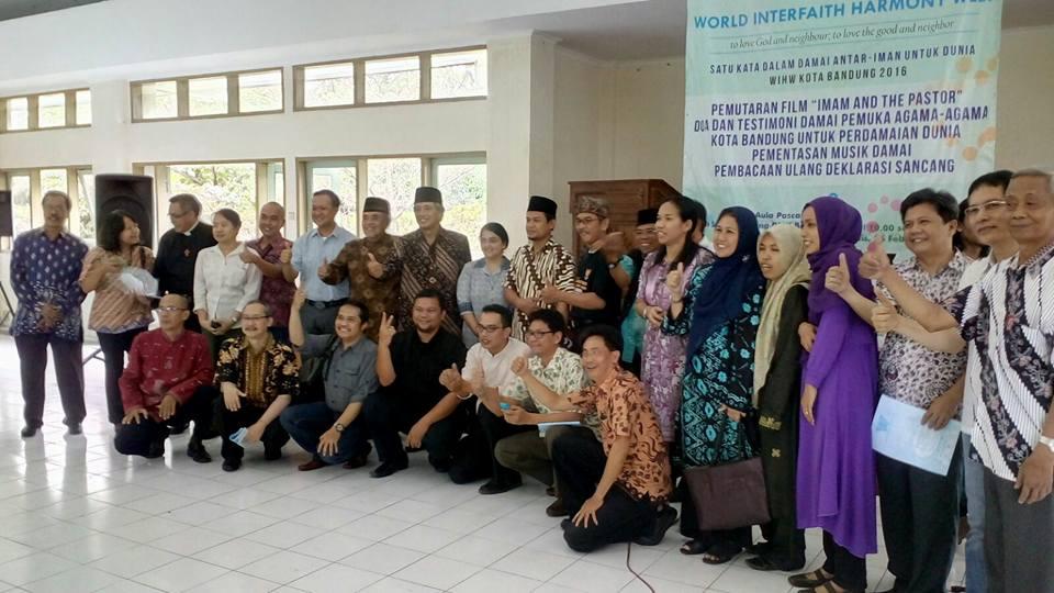 15 - Interfaith Leaders celebrate WIHW at State Islamic University Bandung.jpg
