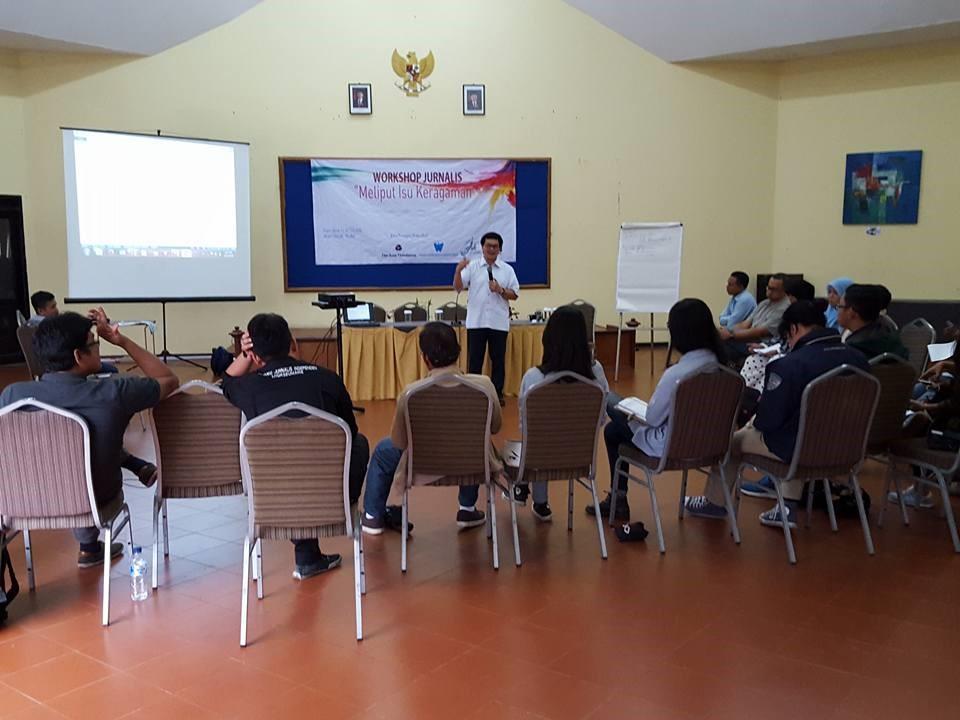 11 - Interfaith Journalist Workshop.jpg