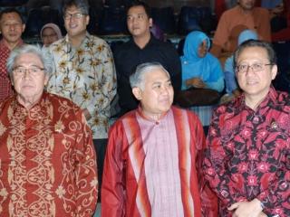 World Interfaith Harmony Week : Religious Community Expression Supports Diversity - 7
