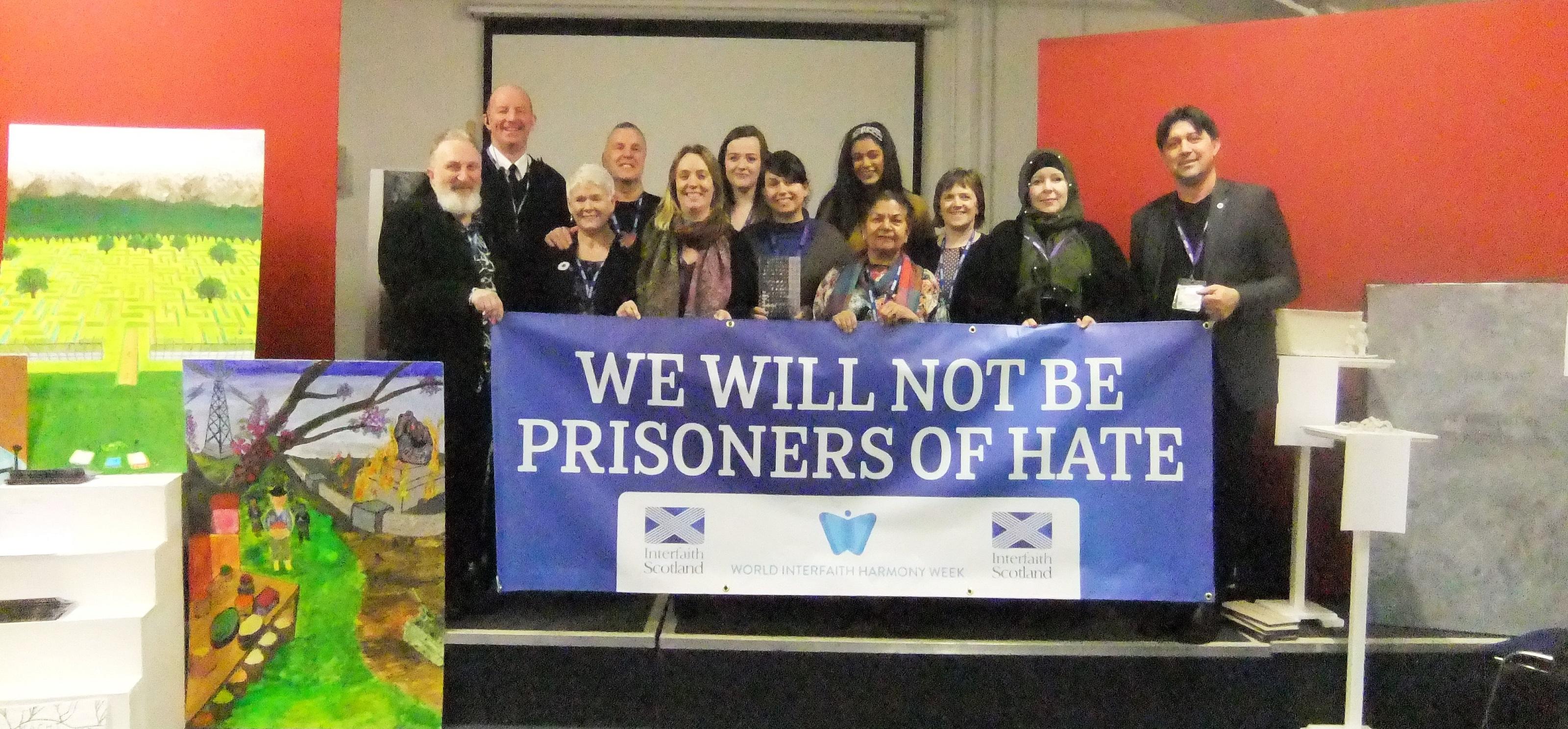 2020-02-19_5e4d6b7e6f6d3_prisonersresize